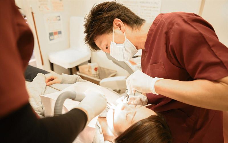歯のクリーニングが大切! その理由や歯医者で行う内容を紹介